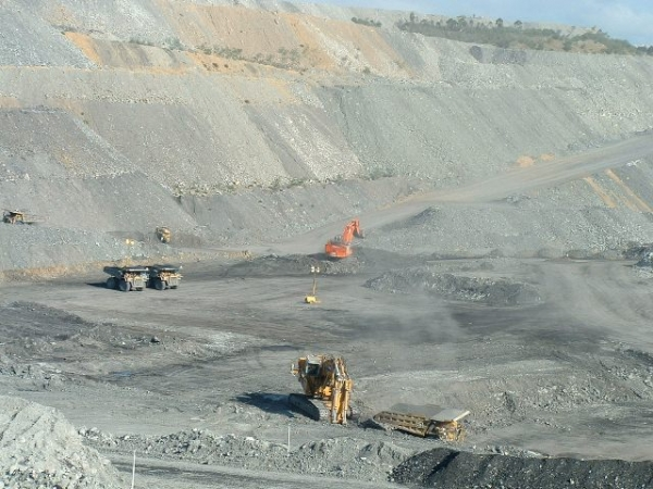 Underground and open pit mining projects